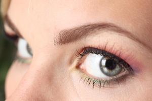 Морщинки вокруг глаз - как с ними бороться.