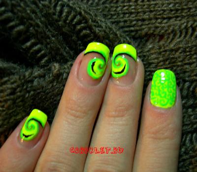 Нрощенные ногти яркий френч фото