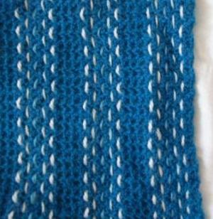 Как связать простой шарф крючком