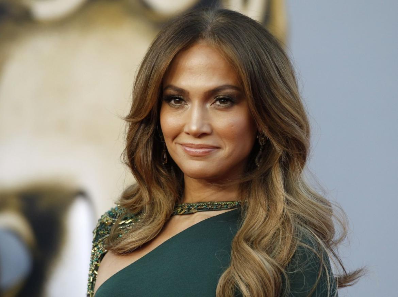 Дженнифер Лопес красива и в 40
