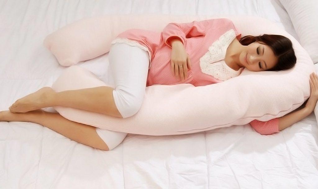 Беременная женщина во сне рожает 49