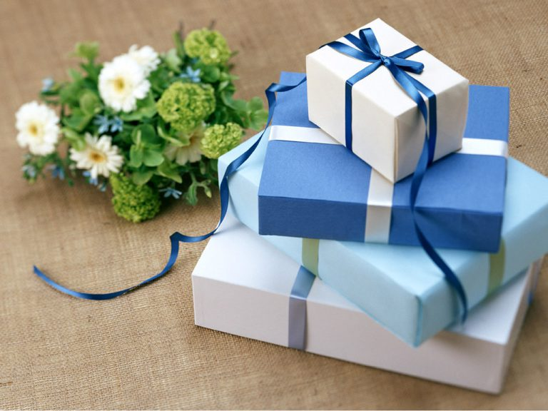 С днем рождения с маленькими подарками 291