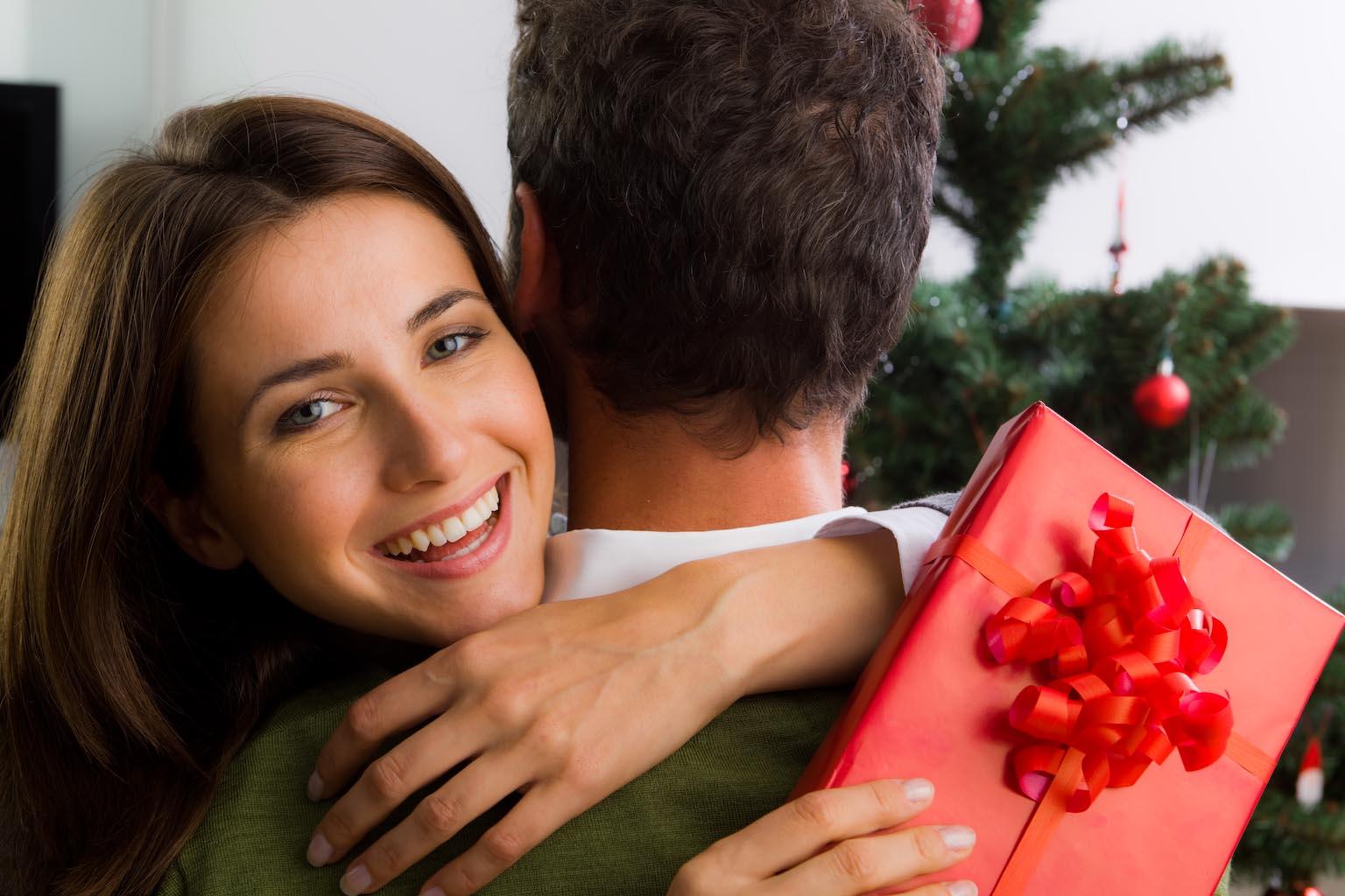 О подарке женщине в 40