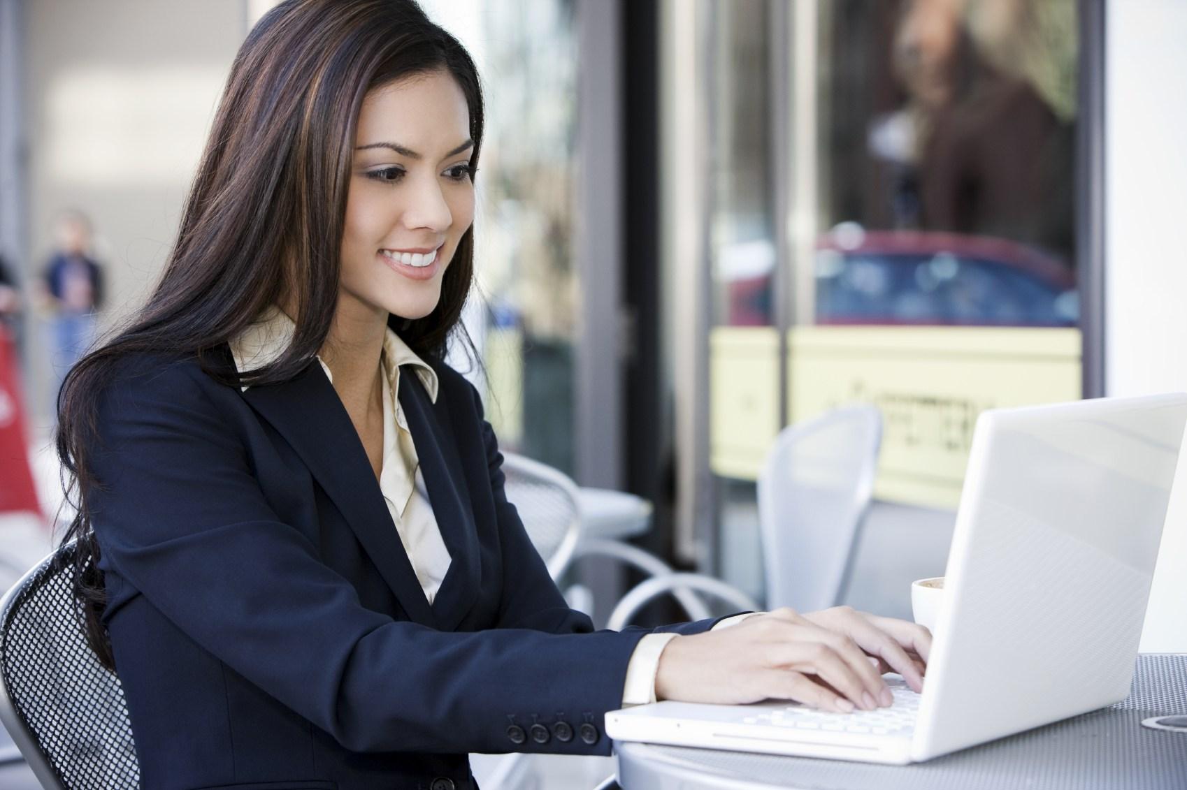 Как найти работу женщине 40-50 лет?