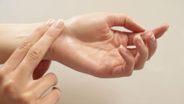 Норма пульса у женщин 40 лет